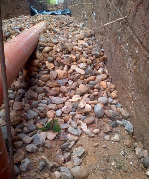 constructing new soakaway for septic tank system